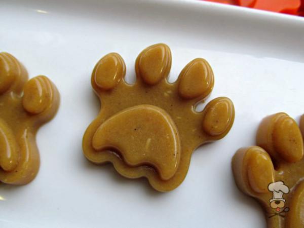 DIY_halloween_dog_treats_homemade_recipes_09